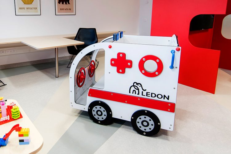 Ambulance playhouse for indoor use